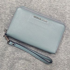 Michael Kors Double Zip Wristlet Wallet